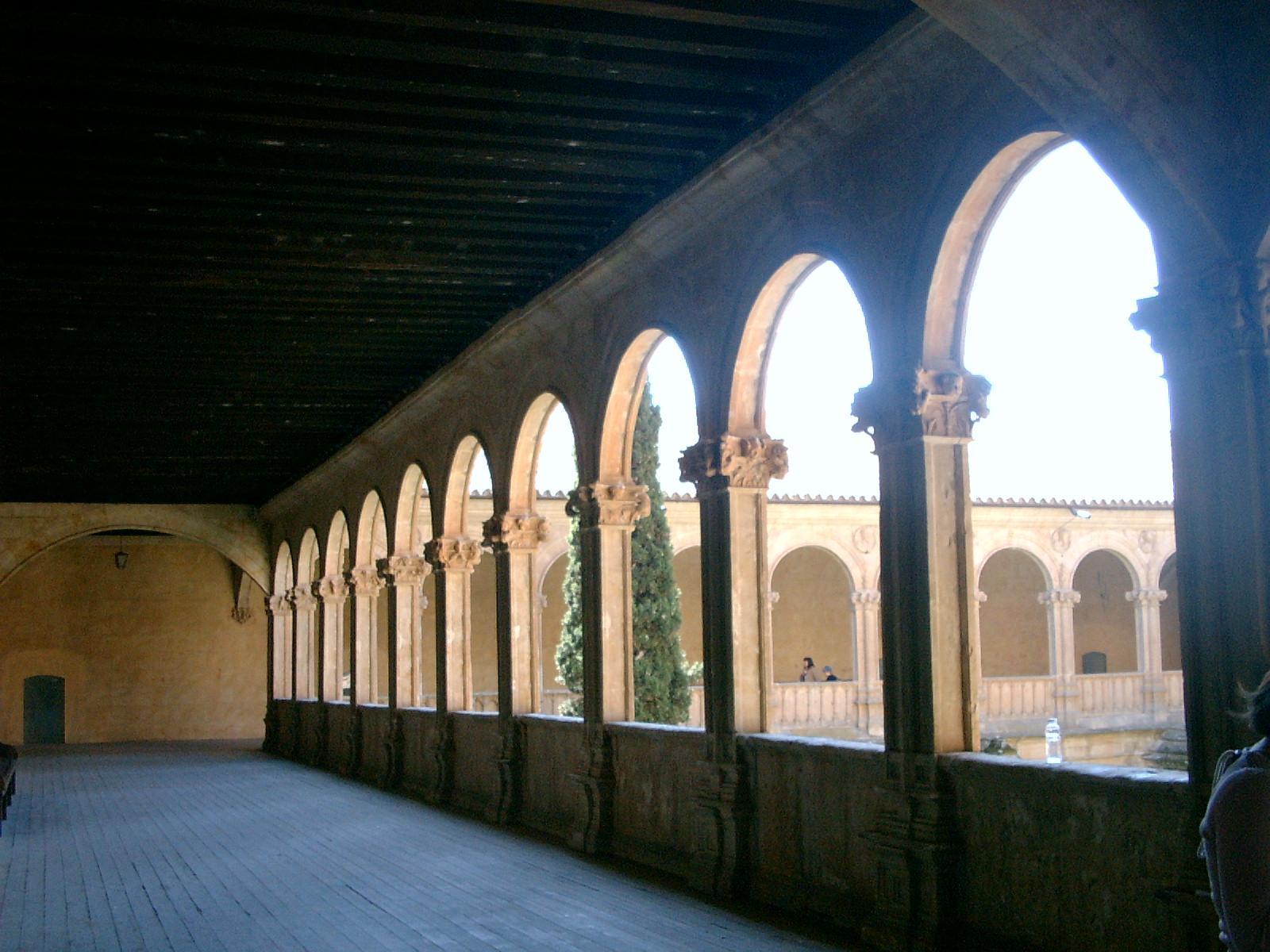 spain arches 1